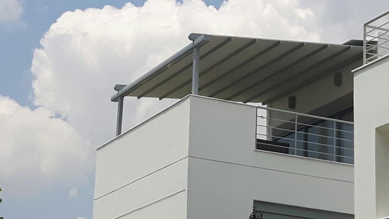 Τοποθέτηση συστήματος περγκοτέντας και επένδυση(κάλυψη) γκαράζ σε μεζονέτα στον Γέρακα | Tentagon