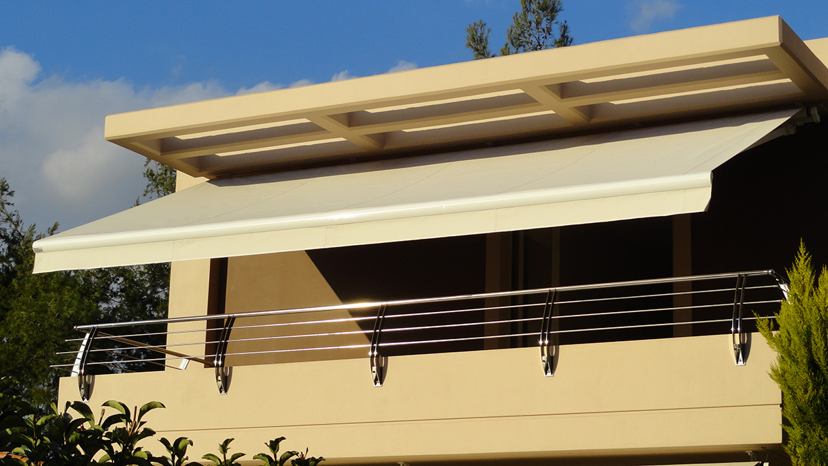Τοποθέτηση τεντών με βραχίονες σε κατοικία στην Δροσιά   Tentagon